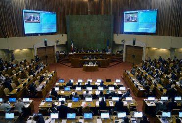 """Partidos políticos al debe: 21 de 33 """"reprueban"""" para Chile Transparente, quienes presentarán denuncia"""