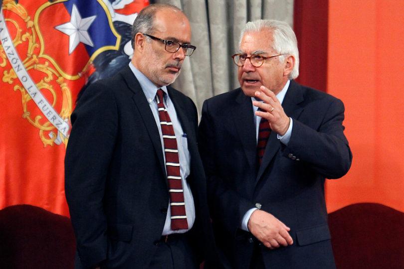 Ministros Fernández y Valdés se enfrentan por proyecto que reduce la jornada laboral a 40 horas