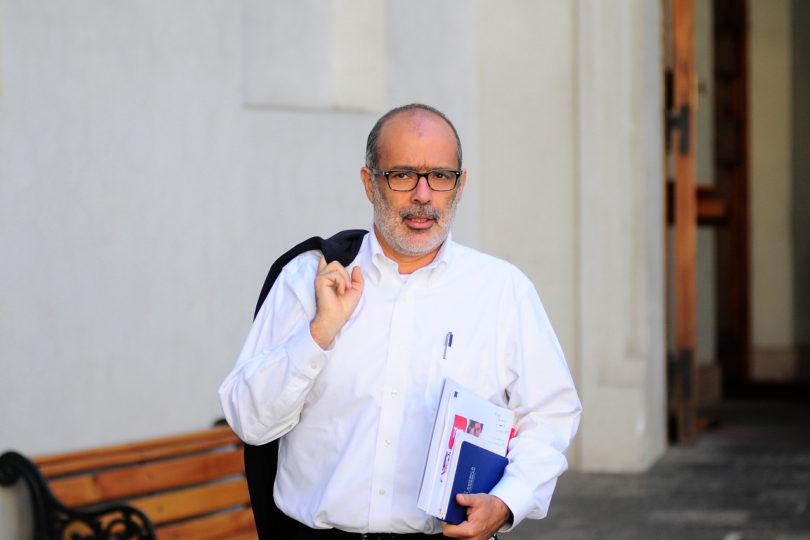 """Ministro Valdés: """"Chile no se juega la vida en estas elecciones"""""""