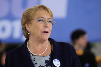 """Bachelet tras Imacec: """"No saquemos dividendos políticos de un tema tan delicado"""""""