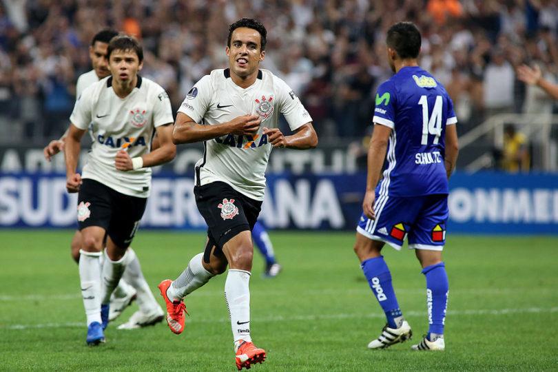 VIDEOS | La U tuvo una ingrata visita a Brasil y cayó 2-0 ante Corinthians en la Sudamericana