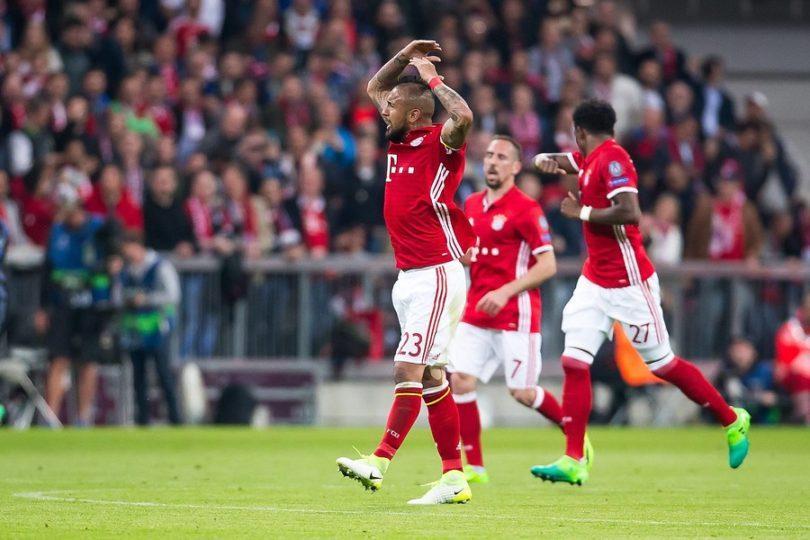 VIDEOS   Una buena y dos malas: Vidal anotó, pero falló un penal y Bayern perdió ante el Madrid