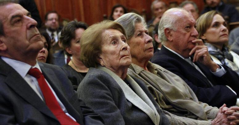 FOTOS | Así fue el concurrido lanzamiento de la Fundación Patricio Aylwin en el ex Congreso