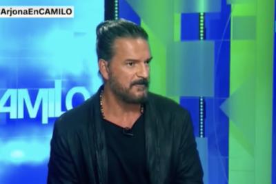 VIDEO |Así fue la entrevista en CNN que terminó con Ricardo Arjona saliendo del estudio