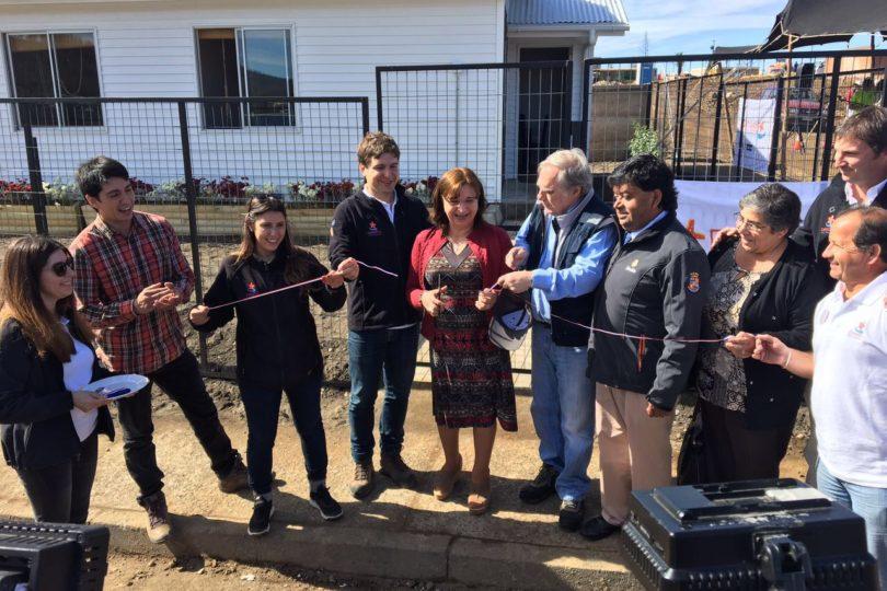 Entregan primera vivienda definitiva en Santa Olga tras incendio que consumió al pueblo