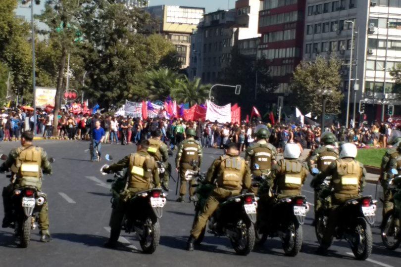 FOTOS |Así se vivió la primera marcha estudiantil del año por las calles de Santiago
