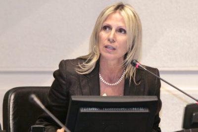 """Lily Pérez: """"Este gobierno es un paréntesis negativo en la historia política de Chile"""""""