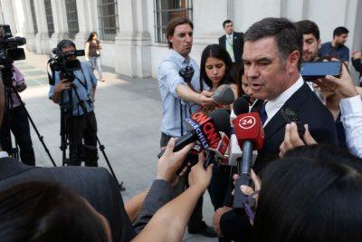 """Ossandón: """"Los ministros Narváez y Valdés son los nuevos voceros del SII"""""""