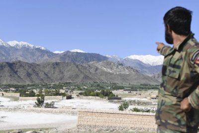 Gobierno afgano dice que bomba de Trump mató a 36 combatientes de ISIS