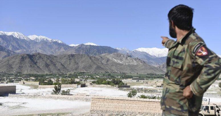 """""""Gobierno afgano dice que bomba de Trump mató a 36 combatientes de ISIS"""""""