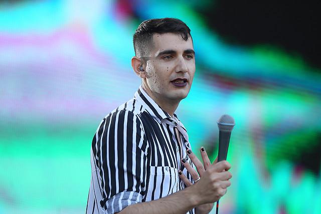 El pop político de Álex Anwandter conquistó Lollapalooza
