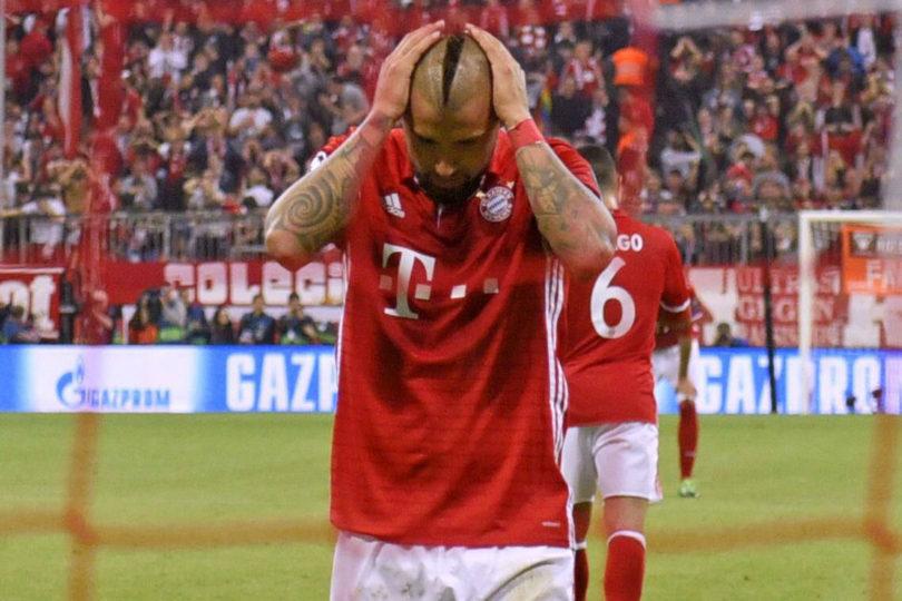 VIDEO |El grueso error de Arturo Vidal que le costó un gol al Bayern Münich