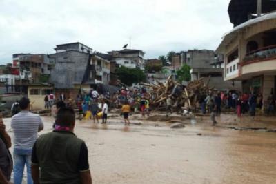 AUDIO | El crudo testimonio de una mujer atrapada en su techo durante la avalancha en Colombia