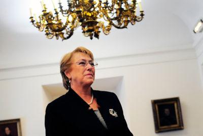 Bachelet firmará y presentará primer proyecto de reforma constitucional este lunes