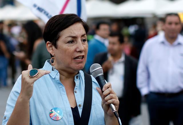 """Beatriz Sánchez envía claro mensaje a Guillier y Piñera: """"Somos los únicos que planteamos un cambio de verdad"""""""