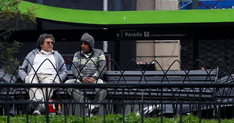 """""""Tasa de desempleo en el Gran Santiago bajó a 7,6% en marzo"""""""