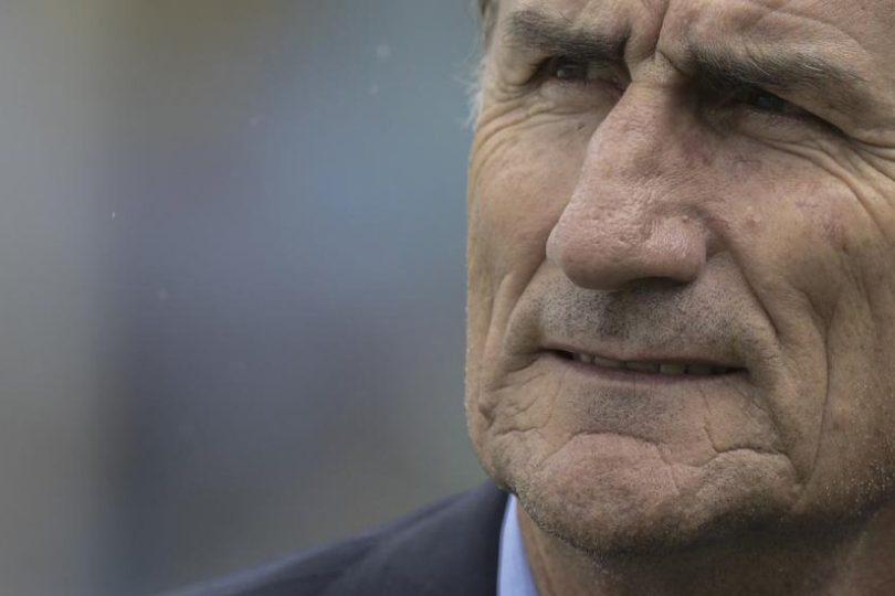 Messi ni se molestó en contestarle el teléfono a Edgardo Bauza en su despedida de Argentina