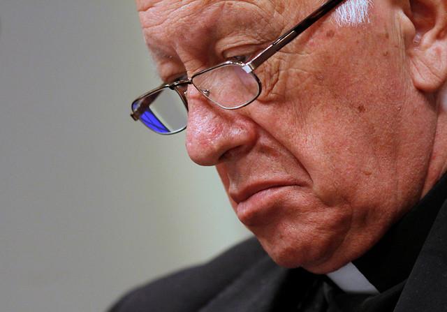 Arzobispado en la mira: víctima denuncia haber sido violado por sacerdote que murió de Sida
