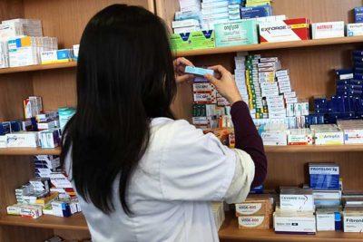 Venta fraccionada: nueva fórmula de las farmacias populares revoluciona la industria