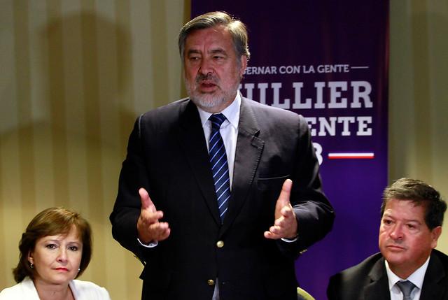 Notarías contabilizan sólo el 20% de las firmas que necesita Guillier para ser candidato