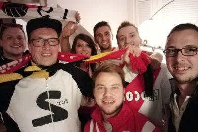 FOTOS |Hinchas del Dortmund hospedaron a fans del Mónaco tras suspensión del duelo por atentado