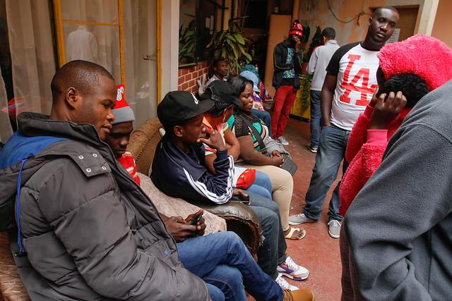Indignante: un 28% de los inmigrantes en la Región Metropolitana vive hacinado