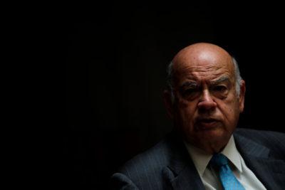 Insulza baja su candidatura presidencial tras portazo del PS por no realizar consulta