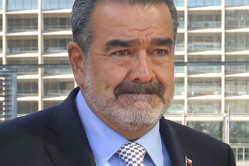 Luksic le da dónde más le duele al senador Alejandro Navarro y Twitter estalla