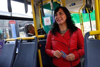 Ministra de Transportes anuncia un registro público para aquellos que evadan el Transantiago