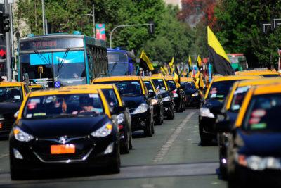 Sin caravana ni tacos: así será la singular marcha de los taxistas contra Uber y Cabify