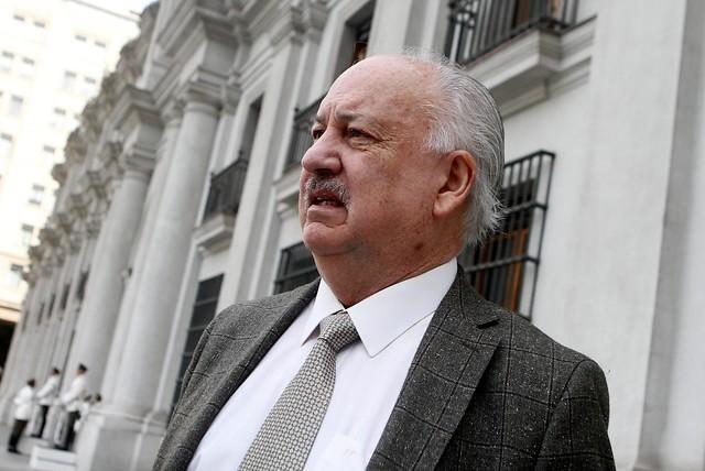 PC decide proclamar a Alejandro Guillier como su candidato presidencial