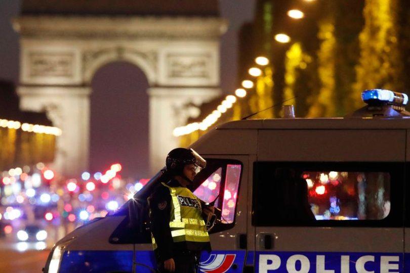 Estado Islámico se atribuyó responsabilidad de tiroteo en Campos Elíseos de París