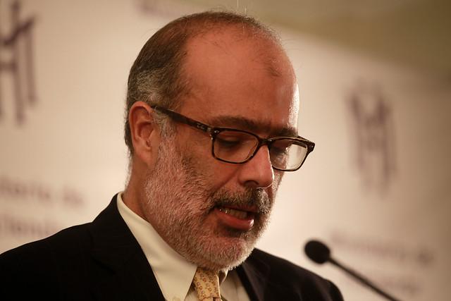 """Ministro Valdés y pensiones: """"Nunca estuvo en la idea construir un proyecto de ley"""""""