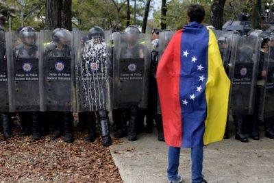 Caos en Venezuela: joven muere baleado tras protestas en Caracas