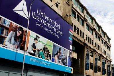 """Dejan """"pendiente"""" a más de 700 alumnos de la U. Iberoamericana para su renovación del CAE"""