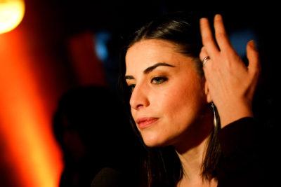 Actriz Ingrid Cruz revela episodio de machismo en exclusivo club de polo de Santiago