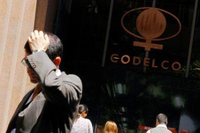Auditoría de Contraloría advierte posibles contrataciones irregulares en Codelco por $31 mil millones