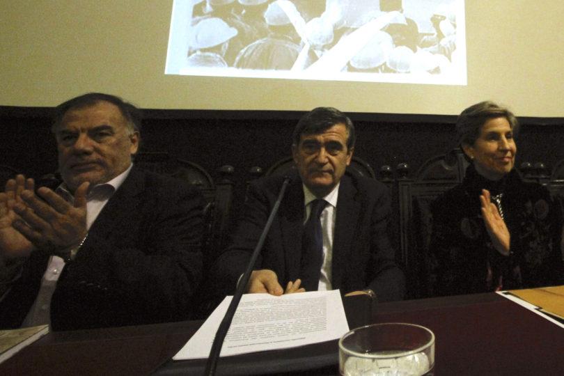 Amplitud pide a ex presidentes del PS asumir responsabilidades políticas y no postular al Congreso