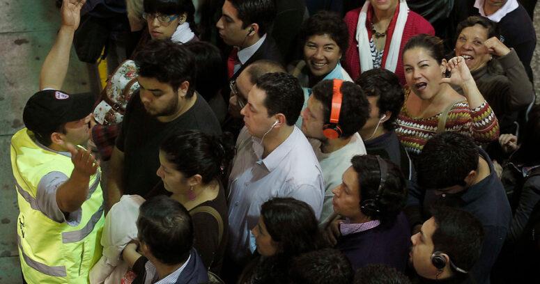 Interrumpen servicio en 6 estaciones de la Línea 5 de Metro de Santiago