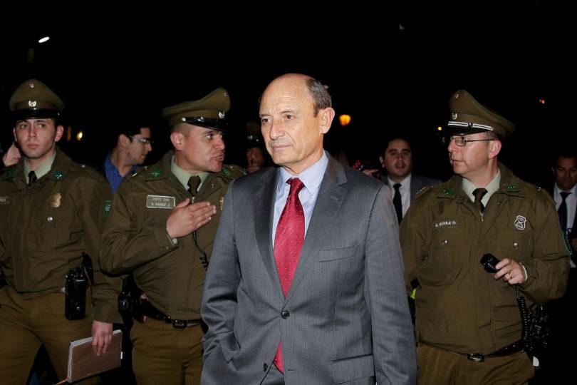 Interrogan a ex comandante en jefe Juan Emilio Cheyre como inculpado por caso de torturas