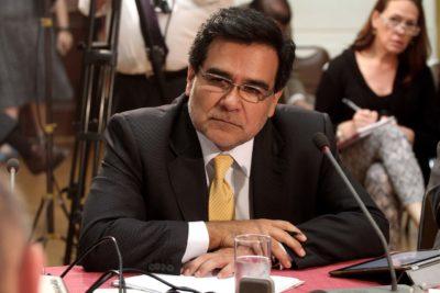 """Director del SII acusa el golpe y calificó de """"poco serias"""" críticas del fiscal Carlos Gajardo"""