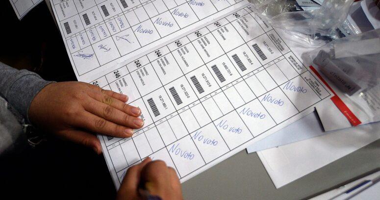 """Errores en padrón electoral: auditoría revela que fue una """"falla humana"""" en el Registro Civil"""