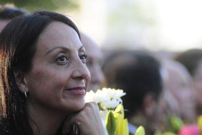 Cecilia Pérez le dispara a Daniel Alcaíno donde más le duele: el bolsillo y el lucro