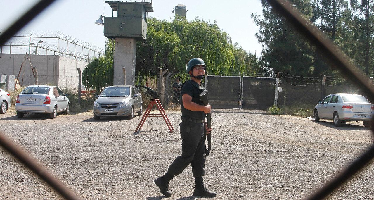 Ordenan cumplir entrega de entrevistas grabadas a presos de Punta Peuco solicitadas por Transparencia