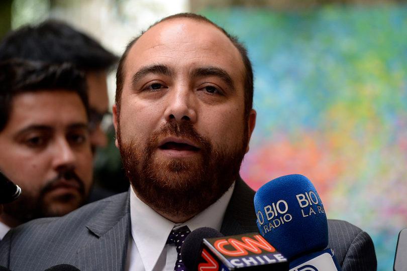 Caso Luchsinger-MacKay: diputado Chahín reconoce haber dado información a defensa de acusado