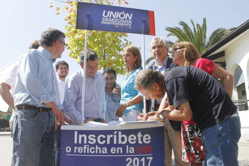 Refichaje con elástico: más del 30% de los reinscritos en la UDI fueron rechazados