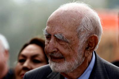 Los tres parlamentarios de la Nueva Mayoría que se quedaron en el homenaje a Agustín Edwards