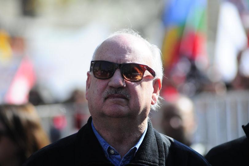 PRI presentó querella contra Guillermo Teillier por delitos de contrato simulado, estafa y falsificación
