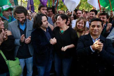 """Frente Amplio califica de """"surrealista e incoherente"""" proclamación de Guillier en la Nueva Mayoría"""