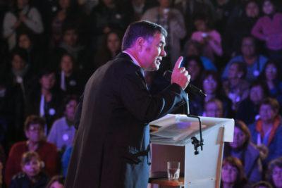 Ossandón acusa a equipo de Piñera de vetar debates para las primarias en TVN, Chilevisión y CNN Chile